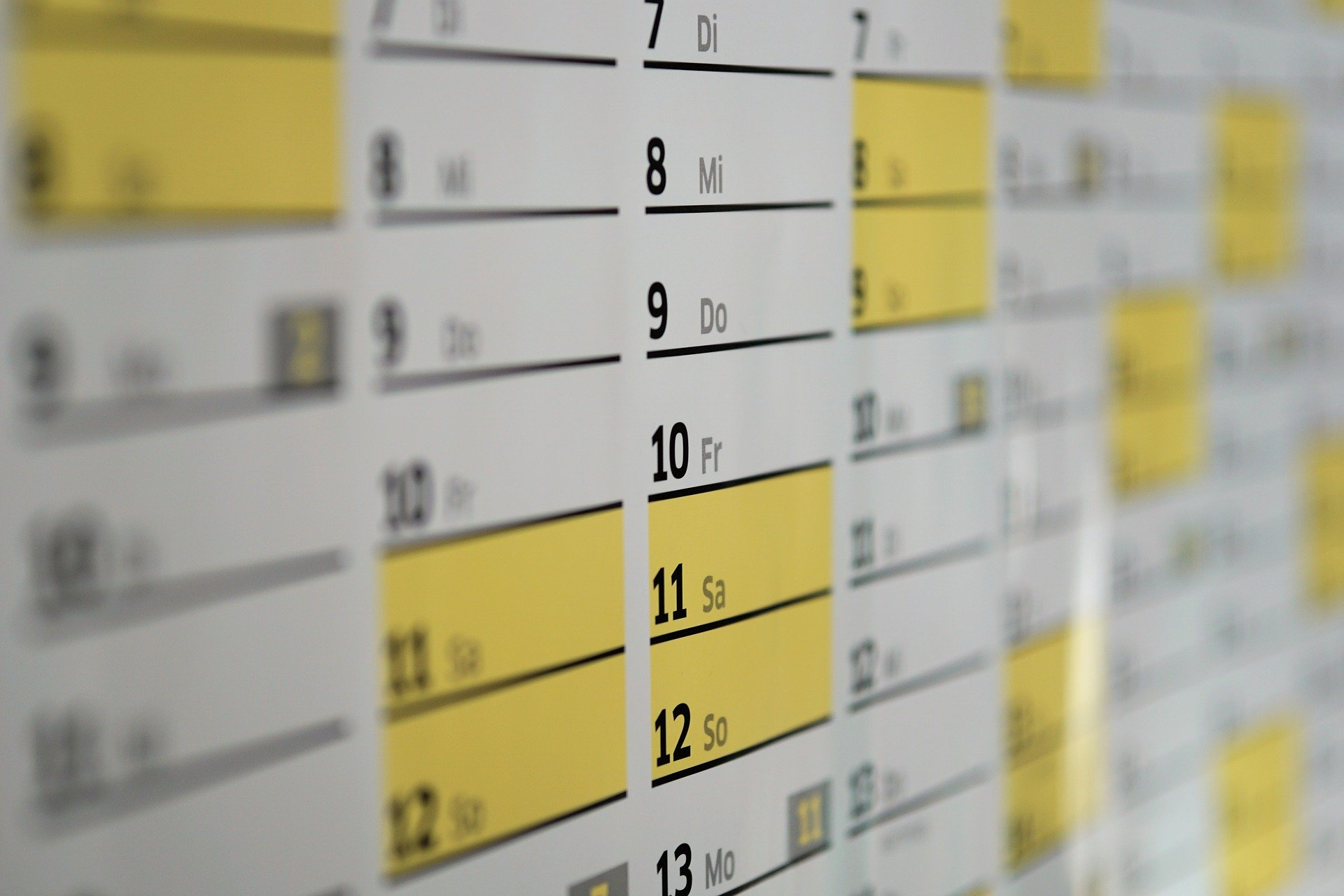 Busy social media schedule