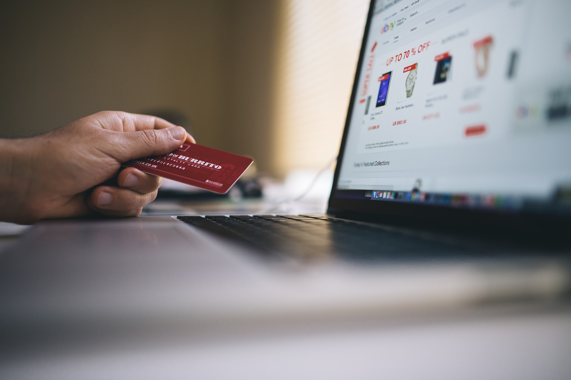 ecommerce buying online